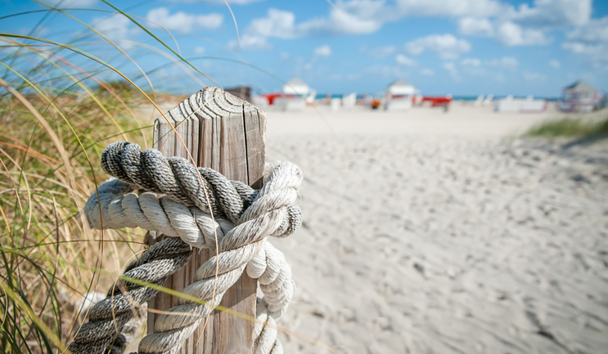 Barefoot Cabanas Sunset Beach Chair Umbrella Rentals